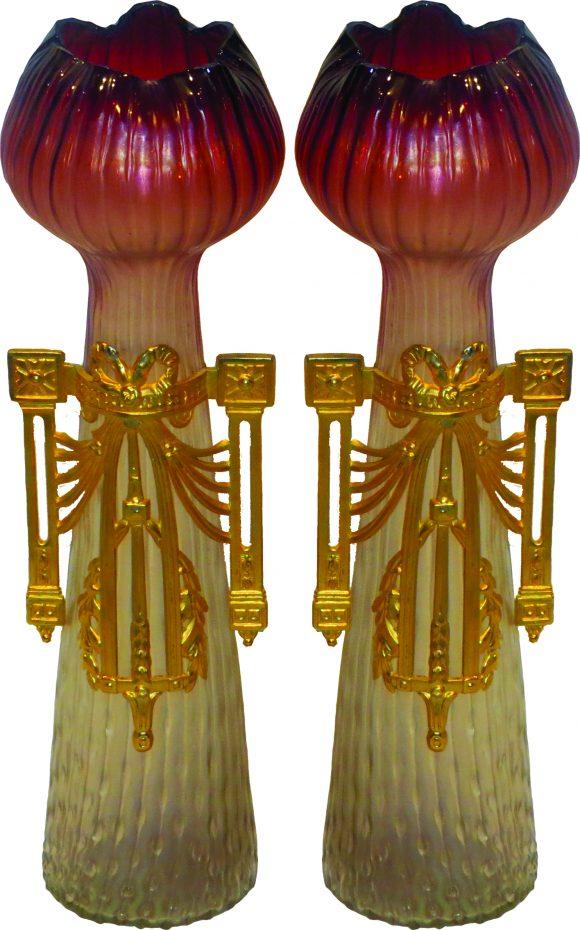 Paire de vases Art Nouveau en cristal