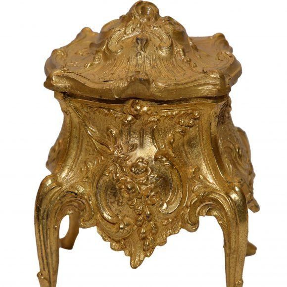 Coffret en bronze doré