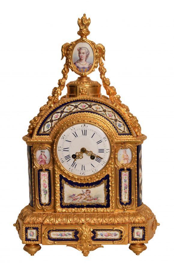 Pendule – Style Louis XVI