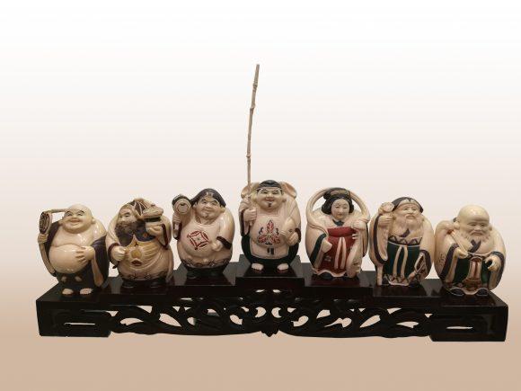 Ensemble de Figurines en Ivoire