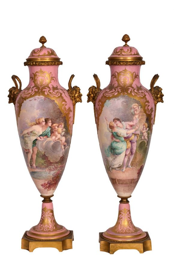 Rare Paire de vases – Porcelaine de Sèvres