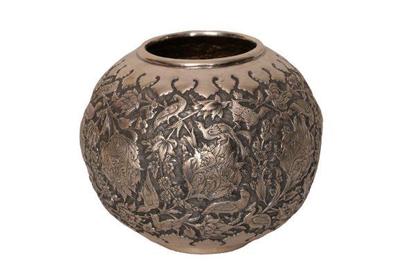 Vase sphérique en argent massif persan