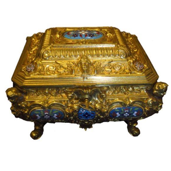 Coffret de style Rocaille en bronzes
